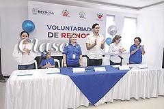Voluntarios DIF por amor a los demás