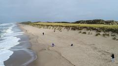 Sylt (SebastianVonZanderich) Tags: sylt strand dji drohne wellen drachen