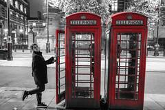 _DSC6406 (erengun3) Tags: londoneye london eye cocacolalondoneye londoncity city telephone red grey nightphoto night photography ezgigunuc ezgi gunuc westminster zone1 atnight sonyalpha sony a77 fotoğraf gece uzun pozlama