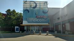 Cincinnati Mills 2018 - 34 (Doomie Grunt) Tags: dead mall shopping cincinnati mills superdead depressing empty vacant