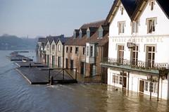 img437 (foundin_a_attic) Tags: bridgehousehotel riverthames flood eton windsor