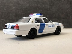 2011 Ford Crown Victoria Police Interceptor | Homeland Security Federal Protection (MatthFCVPI) Tags: homeland security federal fed ford crown vic victoria police interceptor p71 cvpi 164 greenlight diecast car