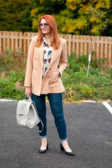 How to Make Jeans Smart for an Informal Meeting \ camel blazer \ dark wash skinny jeans \ patterned blouse \ block heel black shoes \ light grey backpack | Not Dressed As Lamb, over 40 style (Not Dressed As Lamb) Tags: aw18 autumn fall fashion style blogger ootd outfit