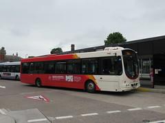 Rosso 1608 (YN06NXT) 07082018 (Rossendalian2013) Tags: transdevblazefield transdev rosso rossendaletransport bus bury interchange scania wright solar l94ub yn06nxt readingbuses