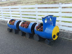 """""""The Blue Train"""", Thurso Railway Station, Sep 2018 (allanmaciver) Tags: blue rain thurso railway station caithness yellow whiskt barrels fence wheels style clever flowers allanmaciver"""
