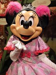 Minnie Mouse (meeko_) Tags: minnie mouse minniemouse characters disneycharacters petessillysideshow storybookcircus fantasyland magic kingdom magickingdom themepark walt disney world waltdisneyworld florida