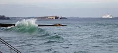 IMG_0071  marée haute à Saint-Malo (gerardstmalo) Tags: wawes vagues tide marée saintmalo