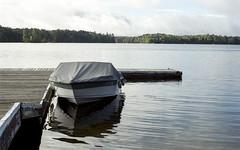 Covered Speedboat 2018 (Bill Smith1) Tags: bellalake billsmithsphotography billiebearresort heyfsc lomo400c41 muskoka nlp2018 olympusom2n zuikolenses believeinfilm