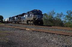 NS 1095 (Fan-T) Tags: hudson sd70ace sd80mac ns norfolk southern