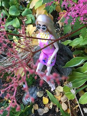 Just Peachy (branbeckman) Tags: tildabrisby super mario colorinfusion dollphotography garden