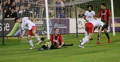 Lewes 2 Kings Langley 1 FAC replay 26 09 2018-187.jpg (jamesboyes) Tags: lewes kingslangley football nonleague soccer fussball calcio voetbal amateur facup tackle pitch canon 70d dslr
