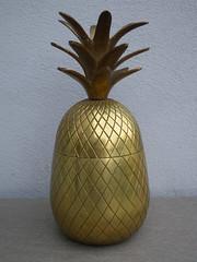 Vintage 1950's Kitsch Brass Pineapple Ice Bucket (beetle2001cybergreen) Tags: vintage 1950s kitsch brass pineapple ice bucket