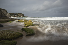 Portbraddan Waves 2 (frcrossnacreevy) Tags: portbraddan causewaycoast countyantrim beach northernireland waves whiteparkbay october2018 olympusem1 leelittlestopper tripod