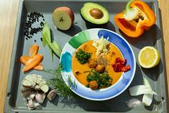 Суп с фрикадельками QJ4A0849 (info@oxumoron.com) Tags: suppe soups супы авокадо avocado avokado apple apfel яблоко knoblauch garlic чеснок pfeffer peper перец karotte carrot морковь zitrone lemon лемон vegetables gemüse овощи