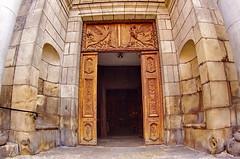 155 août 2018 - Auvergne, Le Puy-en-Velay, l'église du Collège (paspog) Tags: france auvergne hauteloire lepuyenvelay église church kirche égliseducollège portail gate