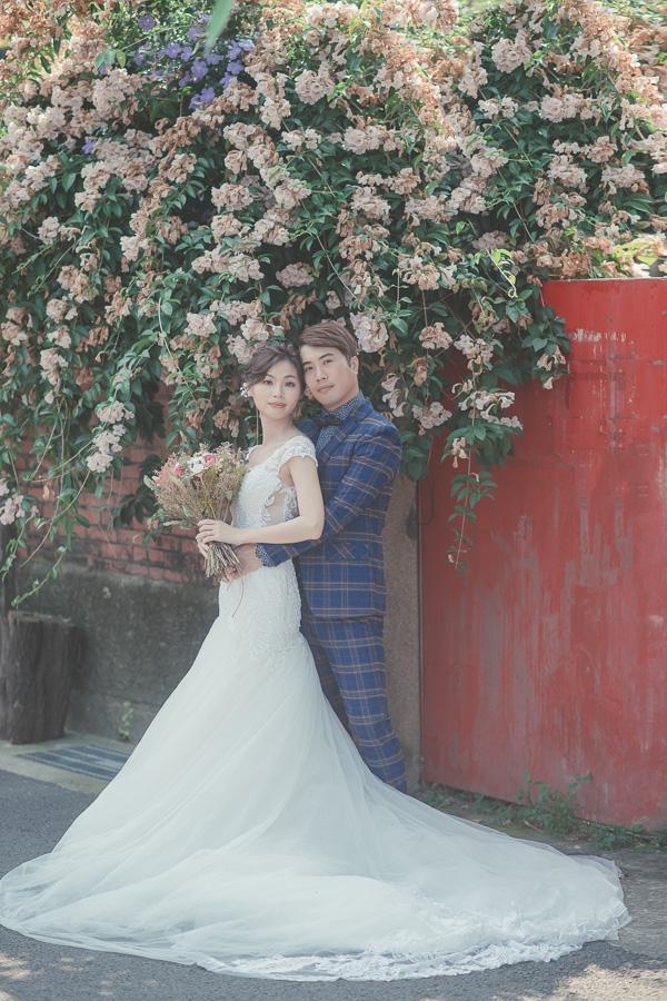 46203561592 4e8c75272a o [台南自助婚紗] V&H/ 伊樂手工婚紗