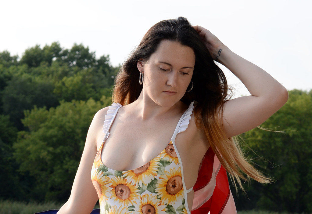 Xxx Lesbian schoolgirl gif porn
