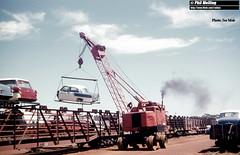 J937 New Car Crane (RailWA) Tags: railwa joemoir philmelling westrail car crane