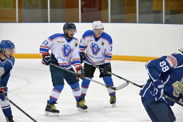 «Syzran Volga» и «Октябрьск» одержали крупные победы в Чемпионате области по хоккею с шайбой