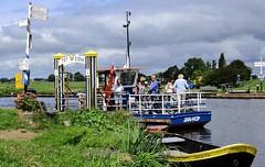Hop on Jan Hop (Hans Veuger) Tags: nederland thenetherlands wormerland noordholland spijkerboor ferry veer pont janhop noordhollandskanaal nikon b700 coolpix nederlandvandaag twop starnmeerdijk kamerhop voetveer