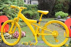AWP Tour of Britain Edwinstowe 2 (Nottinghamshire County Council) Tags: tob nottinghamshire cycling race bicycles tourofbritain 2018 notts bike yellow edwinstowe tour britain