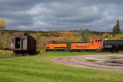 Orange for the Season (Missabe Road) Tags: bnsf gn 3429 3704 mikesyard hallettdock6 storagetankcars