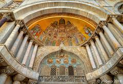The Islamic Influence (orgazmo) Tags: venice venezia italia italy laserenissima architecturaldetails saintmarksbasilica olympus omd em1mk2 panasonic leicadgvarioelmarit818mmf284asph leica micro43s m43s historical art churches basillica cathedrals