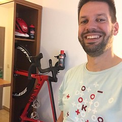 Another first! My first hotel with a dedicated bike closet! #AlpecinCycling @BicyclingNL #MyCanyon #ZippWheels #hotellife