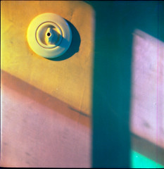 RollopLithagon2.8-686-AgfaOptima100-exp2006-FujiXpress-C41-6 (photo:::makina) Tags: color colors middelheim museum antwerp agfa optima 100 expired 2006 fuji hunt xpress c41 rollop automatic lithagon 28