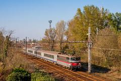 19 mars 2014  BB 9301  Train 866877 Bordeaux -> Marmande Villenave-d'Ornon (33) (Anthony Q) Tags: 19 mars 2014 bb 9301 train 866877 bordeaux marmande villenavedornon 33 corail sncf ferroviaire bb9300 bb9301 ter aquitaine nouvelleaquitaine france gironde