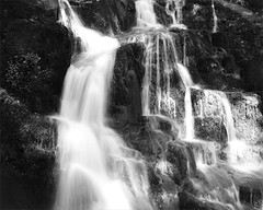 cascade - Wormsa - Vosges (JJ_REY) Tags: cascade waterfall montagne mountain film largeformat 4x5 ilfordfp4plus rodinal toyofield 45a sironarn 150mmf56 epson v800 alsace france