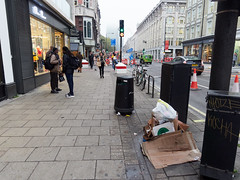 Tottenham Court Road. 20181015T15-56-41Z (fitzrovialitter) Tags: england fitzrovia gbr geo:lat=5151998000 geo:lon=013369000 geotagged unitedkingdom peterfoster fitzrovialitter city camden westminster streets urban street environment london streetphotography documentary authenticstreet reportage photojournalism editorial daybyday journal diary captureone olympusem1markii mzuiko 1240mmpro microfourthirds mft m43 μ43 μft ultragpslogger geosetter exiftool rubbish litter dumping flytipping trash garbage