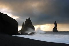 _U0A5936 (rjlaker) Tags: iceland reynisfjara reynisdrangar vik sea seascape waves
