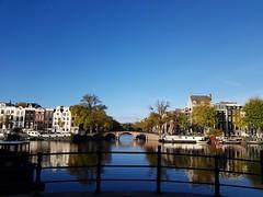 Amesterdam (Antónia Lobato) Tags: amesterdam amesterdão river amestel holanda rio