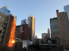 2018 October Cloudless Evening Sky NYC 2433 (Brechtbug) Tags: 2018 october cloudless evening sky nyc virtual clock tower from hells kitchen clinton near times square broadway new york city midtown manhattan 10112018 stormy weather building no hanging cumulonimbus blue cumulus nimbus cloud fall hell s nemo southern view ny1