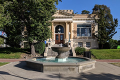 Carnegie Library, Livermore, California (Joey Hinton) Tags: livermore california unitedstates carnegie library google pixel2 andriod smartphone cellphone cameraphone phone