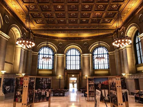 St Louis Public Library
