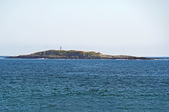 DSC03042 - Jeddore Rock Lighthouse (archer10 (Dennis)) Tags: sony a6300 ilce6300 18200mm 1650mm mirrorless free freepicture archer10 dennis jarvis dennisgjarvis dennisjarvis iamcanadian novascotia canada marinedrive westernshore lighthouse