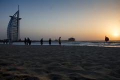 Sunset in Dubai Beach (Piotr Kowalski) Tags: dubai unitedarabemirates emiates city arab travel dubaj zjednoczoneemiratyarabskie wakacje podróże turystyka sunset burjarab beach evening