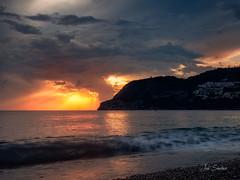 _A010037-Editar (jsanchezq65) Tags: sunset sunsets sun sundown coastline coast beach waves wave warm olympus sol puestadesol sunlight