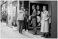DSCF8174.jpg (srethore) Tags: photo de rue black white bw street people candid meike 35mm