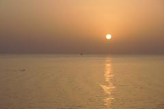 La mer, chaque jour est si différente (moscouvite) Tags: heleneantonuk sonydslra450 sochi lamer ciel nature voyage russie paysage