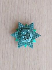 12-pointed star, designed by  Peter Keller (Orizuka) Tags: origami star hexagon chiyogami peterkeller