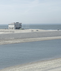 PA050583 (room76com) Tags: dutch design minimal minimalism sea beach fall autumn outside olympus nature architecture
