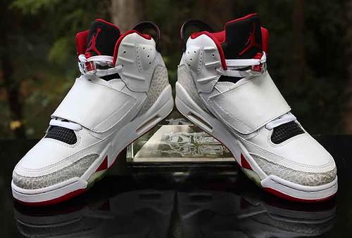 83e218c77c6 Nike Air Jordan Son of Mars Fire Red White Black 512245-112 Men s Size 10
