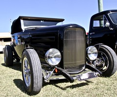 Ford Roadster 2 (*SIN CITY*) Tags: ford roadster car hotrod black 1930 1932 convertible australia americancarsinaustralia hot rod grille front end custom cool custompaint motor wheels fordroadster kool
