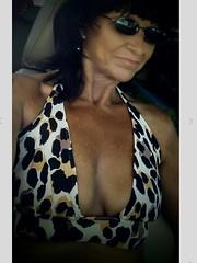 klvgh (6) (lovesnailenamel) Tags: gilf milf cleavage sexy granny mum mom