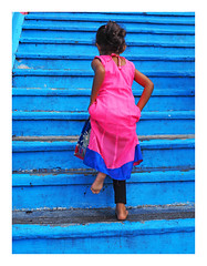 Up (Robert-Jan van Lotringen) Tags: malaysia asia kl kualalumpur batucave batu contrast color colour girl temple hindu religion stair blue pink red dress climb candid