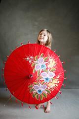 Clover - Red Umbrella (d@mienR) Tags: portrait canoneos5dmarkii 50mmf14 canon flickr strobist 5dii godox portraiture sigma50mmf14 smugmug v860ii studio xproc ad200 westcottapollo 5dmarkii