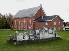 The former St. Andrew's Presbyterian and St. James Presbyterian Church in Cardinal, Ontario (Ullysses) Tags: cemetery standrewspresbyterianandstjamespresbyterianchurch cardinal ontario canada autumn fall automne deconsecrated désaffectée church église unitedcountiesofleedsandgrenville municipalityofedwardsburghcardinal townshipoffrontofyonge